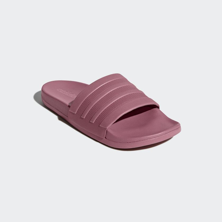 4c5e5f2b7364 Dámske šľapky Adidas adilette Comfort ...