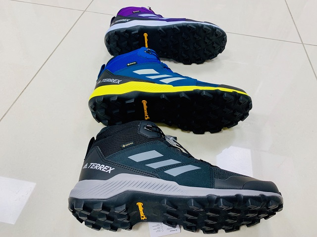 Turistická obuv Adidas Terrex Mid Gore-Tex Continental K 2019
