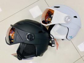 AKCIA nová kolekcia: Lyžiarska prilba so štítom na oči Stuf Visor ZIMA 2020/21