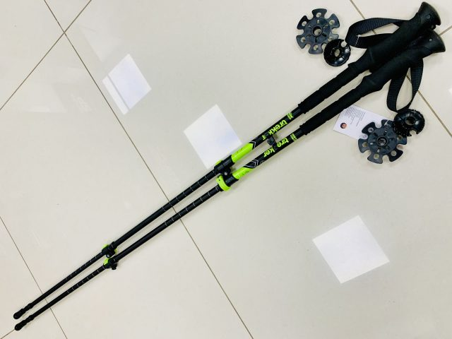 2021 AKCIA: Trekingové nastaviteľné palice HC Trekker QuickLock matt black/lime